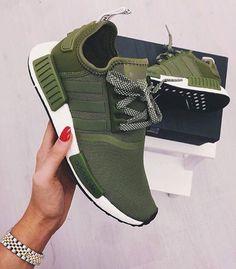 wholesale dealer 8ec8b e54cd 18  Nike shoes on