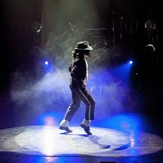 See the UKs number one #MichaelJackson Tribute show this Saturday, 18th March! 🎶 Tickets still available, link in bio 🔝 • #MJ #TreetopsPavilion #TributeAct #Tribute #KingOfPop #SafariVenues #SafariPark #WMSP #Music #Party #Bewdley #Worcs #Worcestershire #BookNow #LinkInBio #Birmingham