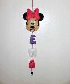 Minnie Mouse felt name banner