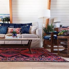 Love love love this living room by @thebeachlodge Such a comfortable and glam space to unwind on a Friday evening #makemoments #colourmyhome #interior4all #interiorwarrior #designs #persianrug #easternboho #homedecoration #rugsusa #rugsnotdrugs #mydecorvibe #liveauthentic #apartmenttherapy #neutraldecor #finditstyleit #lovewhereyoudwell #finditliveit #chasinglight #vintagelover #vintagestyle #vintagelife #pocketofmyhome #sodomino #iloverugs #boholuxe #sharemystyle #kilimrugs #simplystyleyo