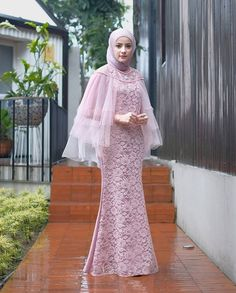 Dress Muslim Modern, Kebaya Modern Dress, Kebaya Dress, Dress Pesta, Dress Brokat Modern, Hijab Evening Dress, Hijab Dress Party, Hijab Gown, Dress Brokat Muslim