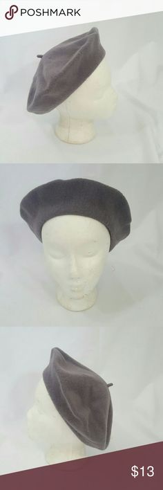 Vintage Gray Wool Basque Parisian Beret EUC.  Cute gray beret .Classic one size Diameter laying flat 11 inches. ModCloth Accessories Hats