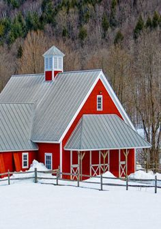 Neat & Clean Looking Red Barn