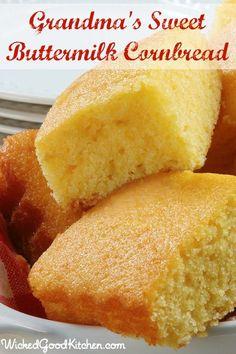 Grandma's Sweet Buttermilk Cornbread by WickedGoodKitchen… ~ Scrumptious and irresistibly moist sweet buttermilk cornbread recipe made wi…. Cornbread Recipe From Scratch, Southern Cornbread Recipe, Cornbread Cake, Jiffy Cornbread Recipes, Buttermilk Cornbread, Homemade Cornbread, Buttermilk Recipes, Homemade Breads, Grandmas Cornbread Recipe