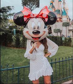 Minnie Mouse Balloons, Mickey Mouse, Disney Divas, Mikey, Disneyland Paris, Disney Style, Disney Trips, Yummy Treats, Disney Characters