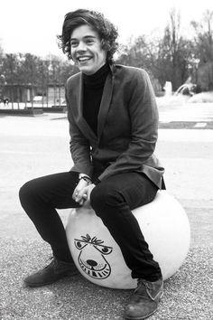 When Harry smiles :)
