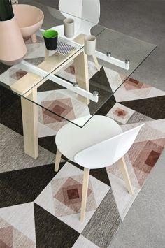 Levante extending and non-extending table