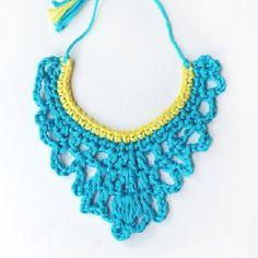 Crochet Necklace Made Simple. (Italian blog) collar de ganchillo para el veranito