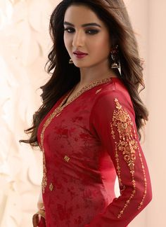 Red and Light Pink Embroidered Georgette Churidar Suit Beautiful Suit, Beautiful Girl Indian, Most Beautiful Indian Actress, Beautiful Girl Image, Beautiful Hijab, Beautiful Actresses, Beautiful Women, Beauty Full Girl, Cute Beauty