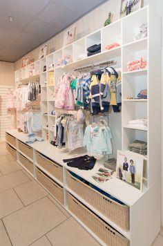 """Детский магазин от специалистов """"МДМ Мебель для Магазинов"""". #детство #дети #детскаяодежда #мебель #дизайн #интерьер"""
