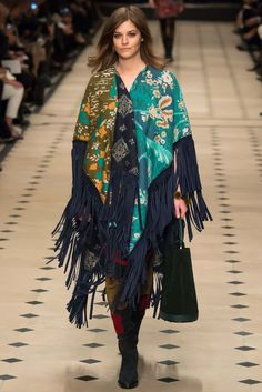 Burberry Prorsum - Fall 2015 Ready-to-Wear - Look 1 of 55