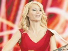 Gwyneth Paltrow-Counrty Strong