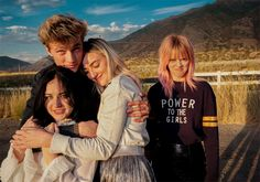 Lucky Blue Smith & sisters; Pyper America, Daisy Clementine and Starlie Smith of The Atomics, are in H&M Magazine of the week #HMstylediaries Look___010