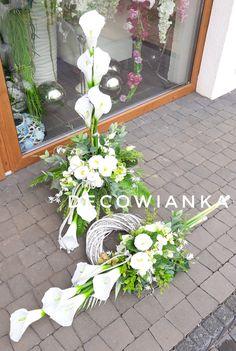 Tropical Floral Arrangements, Creative Flower Arrangements, Cascade Bouquet, Flower Bouquet Wedding, Grave Flowers, Flower Crafts, My Flower, Flower Decorations, Diy And Crafts