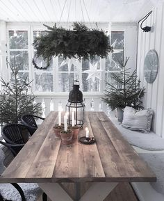 The post Landhaus PS. appeared first on Landhaus ideen. Scandinavian Home, Scandinavian Christmas, Rustic Christmas, Winter Christmas, Christmas Home, Xmas, Interiores Shabby Chic, Halloween Decorations, Christmas Decorations