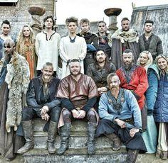 Cast of Vikings 2016