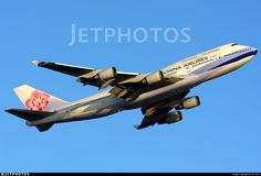 Photo of B-18215 - Boeing 747-409 - China Airlines