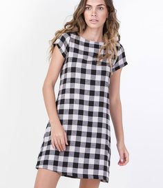 Vestido Feminino Xadrez em Flanela - Lojas Renner Simple Long Dress, Simple Dresses, Casual Dresses, Short Sleeve Dresses, Summer Dresses, 1960s Fashion, Fashion 2017, Fashion Outfits, Womens Fashion
