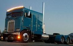 Show Trucks, Big Rig Trucks, Old Trucks, Peterbilt 379, Kenworth Trucks, John Deere Equipment, Classic Tractor, Custom Big Rigs, Cab Over