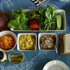 スクエアプレート ・ プラターロング、ワイド iittala   scope Food Photo, Home Kitchens, Sushi, Lunch, Salad, Beef, Plates, Cooking, Tableware