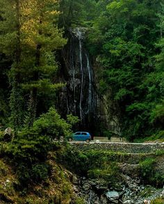 A Scene from Barot A Small waterfall on the road going towards Kothi Kohr and Baragaon Barot Valley Distt- Mandi Himachal Pradesh Photo By- @travellingslacker (Jitaditya Narzary) #Follow . Use Hashtag #instahimachal or simply tag us @instahimachal in your photos to get featured on Insta Himachal. You can also mail us at instahimachal@gmail.com . If this is your picture or you think above picture is of other user and we are giving picture credits to wrong person then Feel free to contact u...