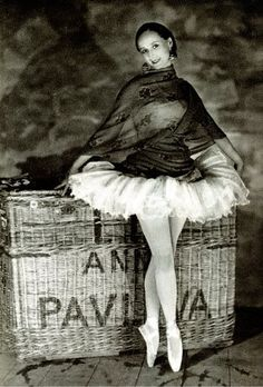 Anna Pavlova, 1927. Theatre Des Champs Elysees, Paris, James Abbe.