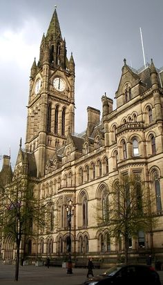O'Clock Manchester Town Hall- high Victorian Gothic - every time they make a Westminster drama, they shoot it here!Manchester Town Hall- high Victorian Gothic - every time they make a Westminster drama, they shoot it here! Manchester Town Hall, Manchester England, Salford, England And Scotland, Places Of Interest, City Break, Kirchen, Best Cities, British Isles