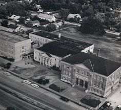 Morgan City High School - 1942 - corner of Brashear Avenue and Federal Avenue. Morgan City Louisiana, Vintage Pictures, Historical Photos, Old Photos, New Orleans, 1940s, Memories, Mansions, History