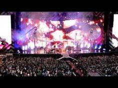 Muse - Feeling Good [Live From Wembley Stadium] 2007 Wembley Stadium, Albert Einstein, Daydream, My Music, Feel Good, Muse, Musicals, It Cast, Feelings