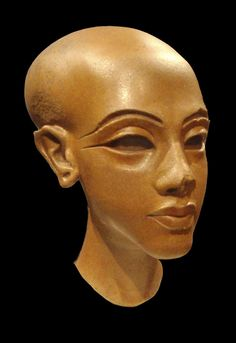 Unfinished statue of Princess Amarna