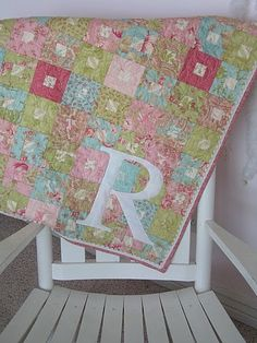 Jelly roll / charm- Square in square quilt - Craftionary