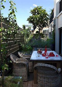 Inspiration méridionale pour cette terrasse conviviale - Terrasses : 40 petits coins de paradis - CôtéMaison.fr