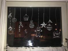 Birgit schreibt: Adventsdeko 2016 Mit dem Kreidemarker auf Fensterscheiben malen. Schnelle Weihnachtsdeko.