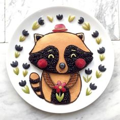 Craft ideas with food on plates motivate you to live a healthier life - - Food Art For Kids, Cooking With Kids, Food Design, Gluten Free Kids Snacks, Cute Food, Good Food, Fruit Creations, Food Carving, Edible Food