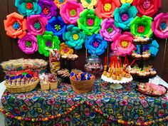Paper flowers for fiesta party Mexican Candy Table, Mexican Party Decorations, Mexican Fiesta Party, Fiesta Theme Party, Party Themes, Party Ideas, Bolo Neon, Mexican Birthday Parties, Mexican Babies