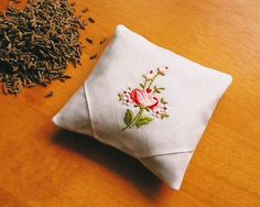 Lavender+Sachet+Lavender+Pillow+Natural+by+MadAboutHankies+on+Etsy,+£4.50