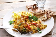 A quick and simple curry combining the wholesome flavours of cannellini beans and coconut milk. Chickpea Recipes, Coconut Recipes, Veggie Recipes, Indian Food Recipes, Vegetarian Recipes, Cooking Recipes, Ethnic Recipes, Veggie Meals, Cooking Food