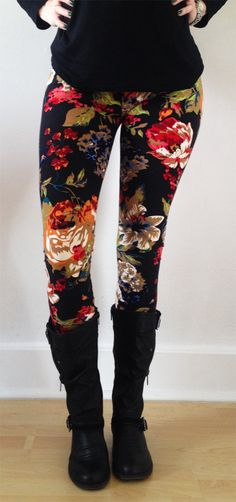 Women leggings Flower Leggings Colorful Leggings by JillNicoleCo How To Wear Leggings, Tight Leggings, Leggings Are Not Pants, Tribal Leggings, Yoga Leggings, Black Leggings, Legging Outfits, Casual Outfits, Cute Outfits