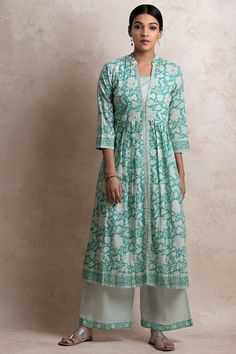 Dress Indian Style, Indian Outfits, India Fashion, Muslim Fashion, Moroccan Dress, Salwar Designs, Party Wear Dresses, Wedding Dresses, Islamic Clothing