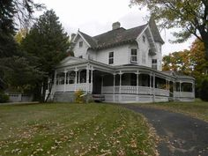 1890 Queen Anne – Cohoes, NY – $199,900