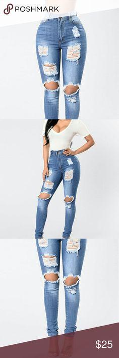 DiscountFashion Nova ripped High Waist Jeans Size: 5 (USED Only 1 Day) Like NEW Fashion Nova Jeans