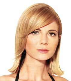 Haircuts and hairstyles for thin hair - medium bob hairstyle with side-swept bang :: one1lady.com :: #hair #hairs #hairstyle #hairstyles
