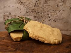"Lembas Bread- ""The Hobbit"" Menu Copycat Recipes, Bread Recipes, Cooking Recipes, Fun Recipes, Party Recipes, Jrr Tolkien, Lembas Bread, Hobbit Party, Second Breakfast"