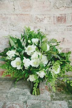 white flowers used in wedding bouquets bridal flowers - Wedding Flowers & Bouquet Ideas Fern Wedding, Winter Wedding Flowers, Botanical Wedding, Bridal Flowers, Wedding Ceremony, Gold Wedding, Bouquet Bride, Fern Bouquet, Flower Bouquet Wedding