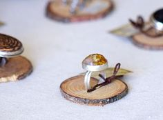 Ring display-TUTORIAL...and latest porcelain creations