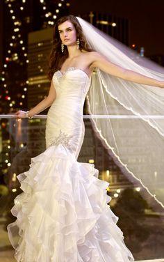 a8e704b5f2 Elegant white wedding dresses with soft Organza fabric