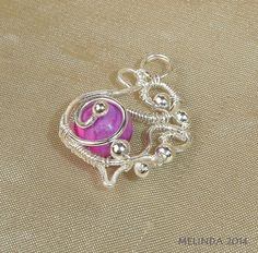 silvered wire freefom pendant with pink agate Wire Wrapped Jewelry, Jewelry Box, Pink Agate, Wire Work, Wire Wrapping, Heart Ring, Brooch, Pendant, Rings