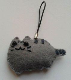 Pusheen handmade geeky keychain made from felt