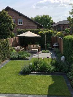 Best Indoor Garden Ideas for 2020 - Modern Garden Design Plans, Backyard Garden Design, Small Garden Design, Terrace Garden, Small Narrow Garden Ideas, Small Garden Layout, Garden Beds, Small Gardens, Outdoor Gardens