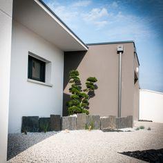 Construction, Exterior House Colors, Facade, Garage Doors, House Design, Outdoor Decor, Home Decor, Gardens, House Siding